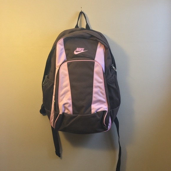 Nike Like New Brown And Pink Backpack. M 5bf36d9d035cf1cbef9986de 44726c5d7d